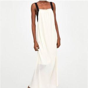 Dresses & Skirts - Zara maxi dress